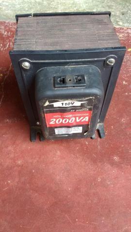 Auto transformador de 2000Av