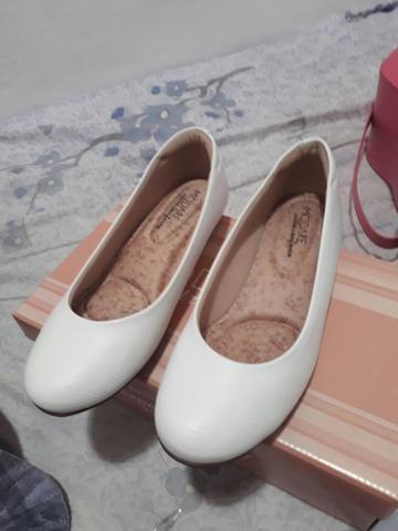 Sapatilha branca novo