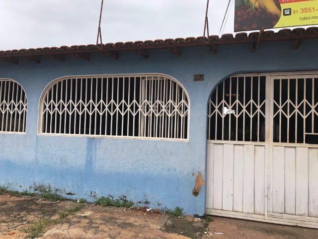 Gama Ótima casa na Quadra 01 Setor Sul frente para pista principal do setor 3 quartos