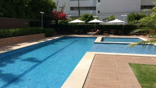 Excelente apartamento; 3 suites; Guararapes ; 3 vagas; 169,5 M² de área privativa; Lazer - Foto 3