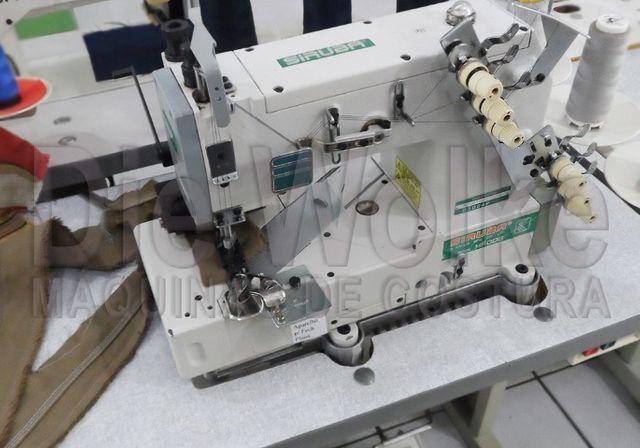 Fechadeira Plana 3 agulhas - Máquina de Costura Usada - Foto 2