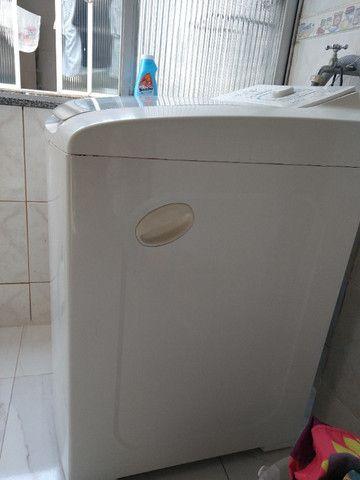 Lavadora Automática Electrolux LBT12 - Foto 2