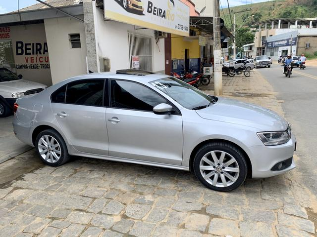 VW - Volkswagen Jetta Comfortline