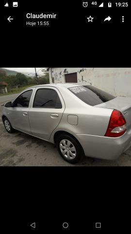 Vendo Toyota Etios - Foto 6
