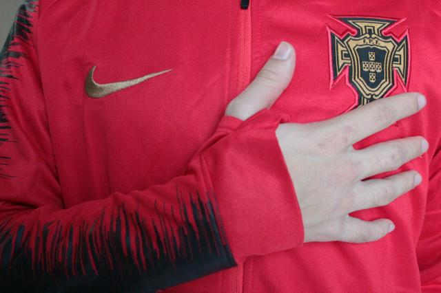 Jaqueta Nike Portugal - Foto 2