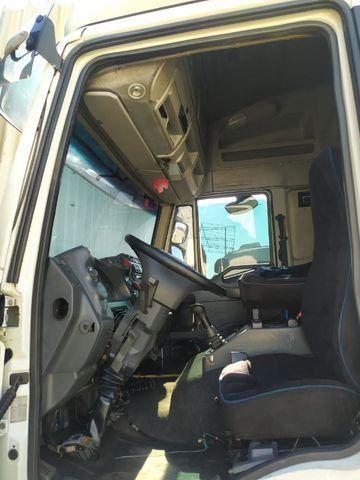 Iveco 330 ano 2011 Teto alto com ar condicionado Revisado - Foto 10