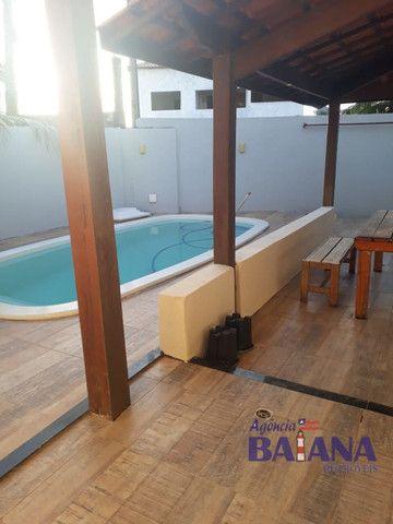 Casa Cond. Portal de Arembepe - 4/4 - 3 Suítes, Piscina, Varanda, Quiosque com Churrasquei - Foto 5