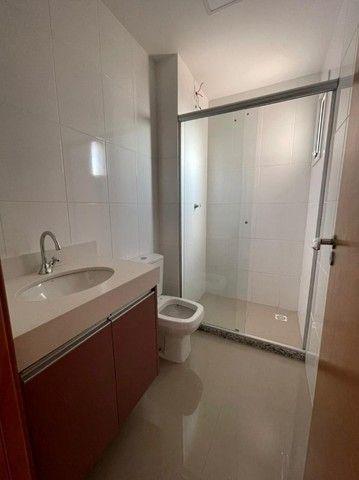 Vendo apartamento de 3 suítes no Edifício Arthur - Foto 9