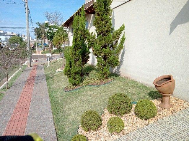 Jardinagem para casas com jardim grande - Foto 6