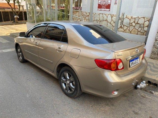 Toyota Corolla 2011 Xei 2.0 Automático novinho e sem detalhes! Troco e Financio! - Foto 9