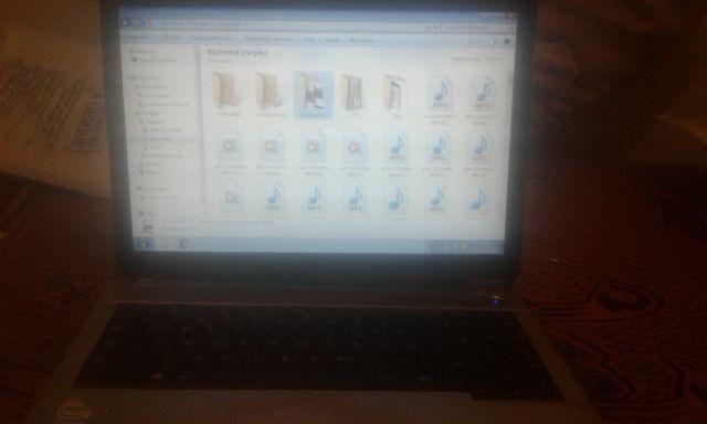 Notebook com defeitos