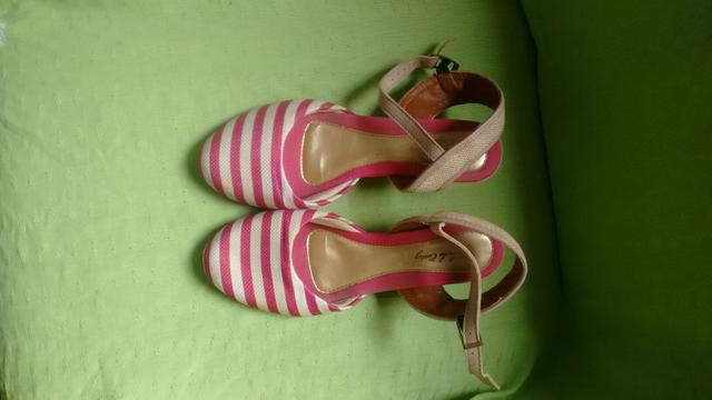 Vendo sapato semi novo pouco uso