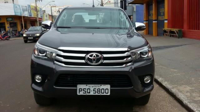 Toyota Hilux CD Srx 4x4 2.8 Diesel