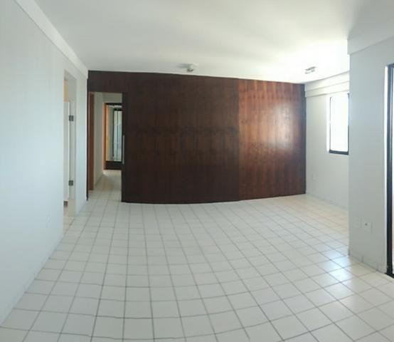 Apartamento 3 quartos sendo 1 suíte, DCE, 2 vagas - Natal, Capim Macio