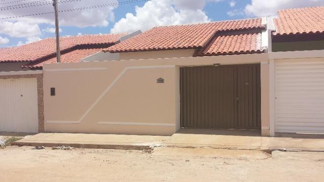 Vendo chave de Casa no loteamento luar do Cavaco Arapiraca