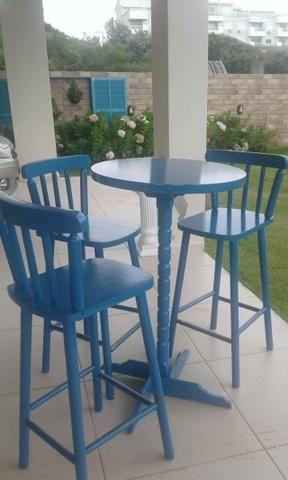 Mesa alta bistrô com 3 cadeiras