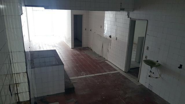 Lojão de 240m2 com 1 vaga de garagem, Centro de Vitória - Direto com Proprietário - Foto 14