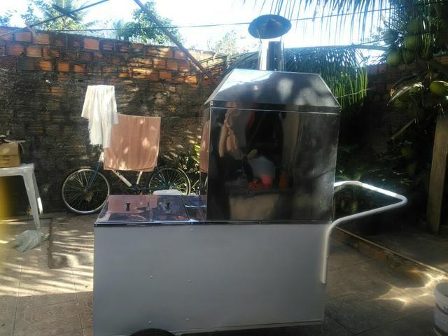 Vende-se um carrinho de churrasco semi novo - Foto 2