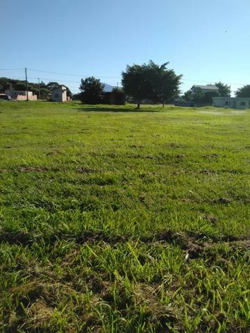 ALX-Ótimo terreno dentro de Condomínio em Unamar!!!