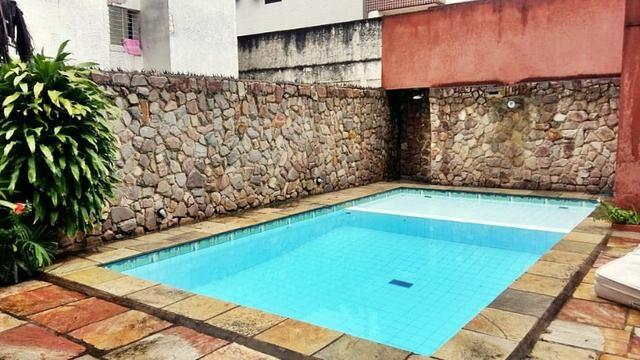 [ A847 ]* Excelente Casa Com 5 Quartos Sendo 3 Suites, com Piscina Em Candeias!! - Foto 7