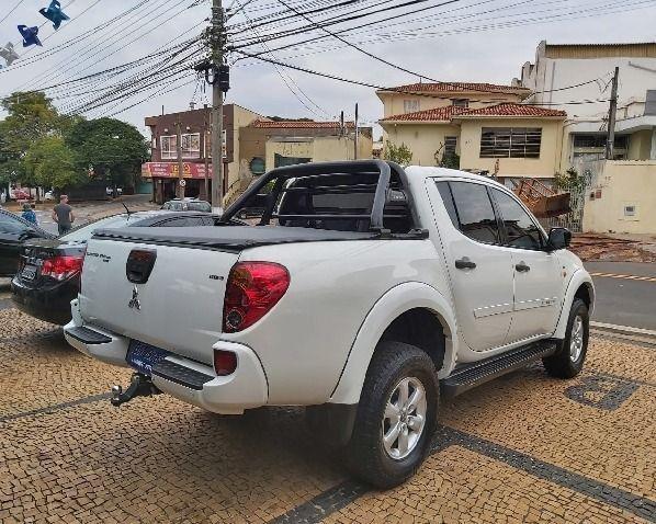 Mitsubishi l200 2.4 thiton hls - Foto 4