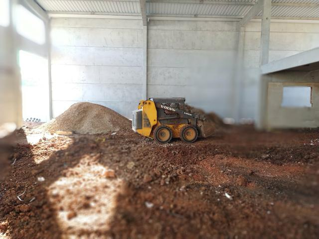 Bob Cat, Mini Escavadeira Limpeza de Terrenos - Foto 5