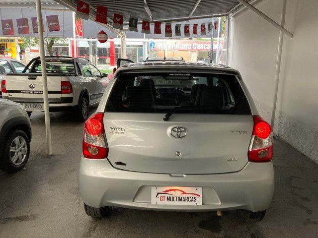 Toyota - Etios X 1.3 Flex- 2014 - Foto 6