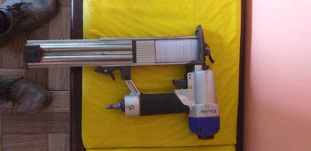 Grampeadora pneumática pinadeira - Foto 2