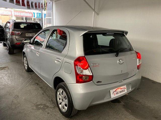 Toyota - Etios X 1.3 Flex- 2014 - Foto 8