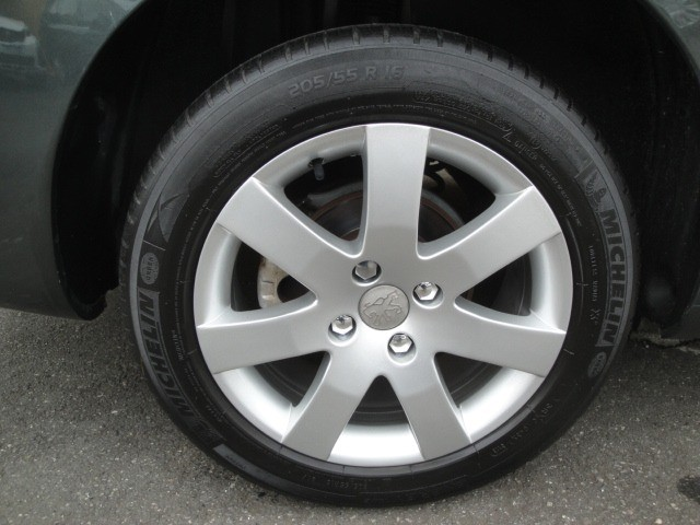 Peugeot 408 2012 2.0 Flex Automático Abs Air Bags Ar Cond Dir USB/MP3 Player - Foto 9