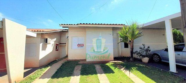 Casa com 3 dormitórios para alugar, 68 m² por R$ 1.800,00/mês - Condominio Residencial Ter