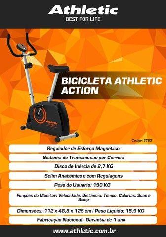 bicicleta modelo athletic actiom com sistema de treino