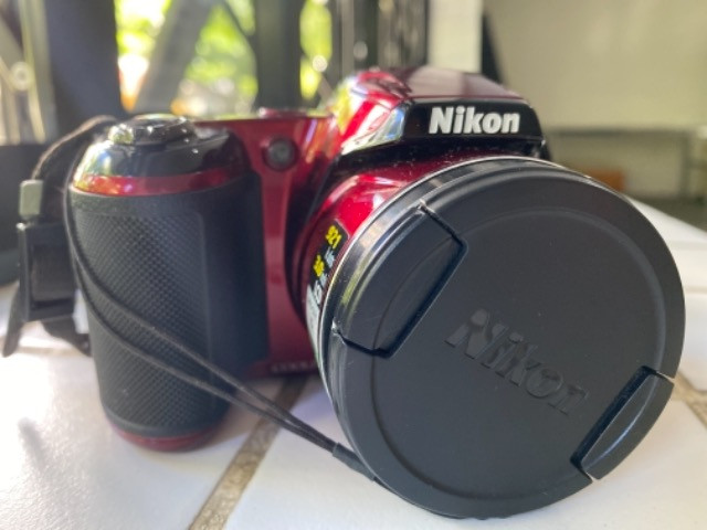 Câmera Nikon coolpix L810 seminova