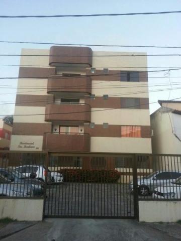 Apartamento 3/4 com 1 suíte, ampla sala, varanda