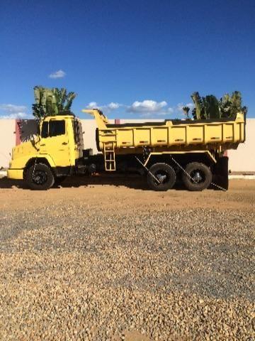 Caminhão MB Cacamba 1621 reduzido