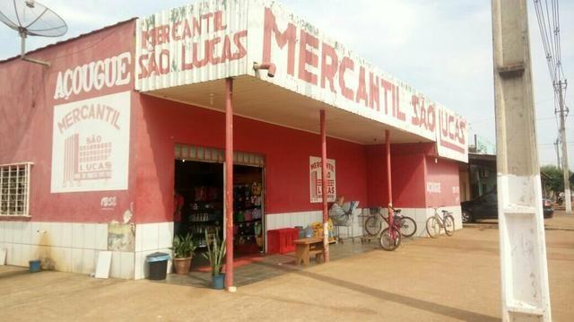 Vende-se um mercado em itapua