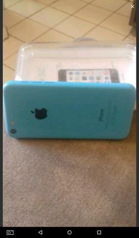 Vendo ou troco IPhone 5c pelo Um iPhone 5 ainda dou volta. chama no chat