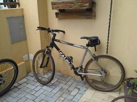 Bicicleta Caloi Elite 2.4 usada