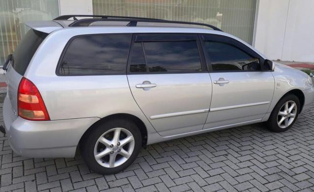 Corolla FIelder 2005 automática - (novíssima)
