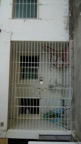 Vendo apartamento no bairro do Cordeiro