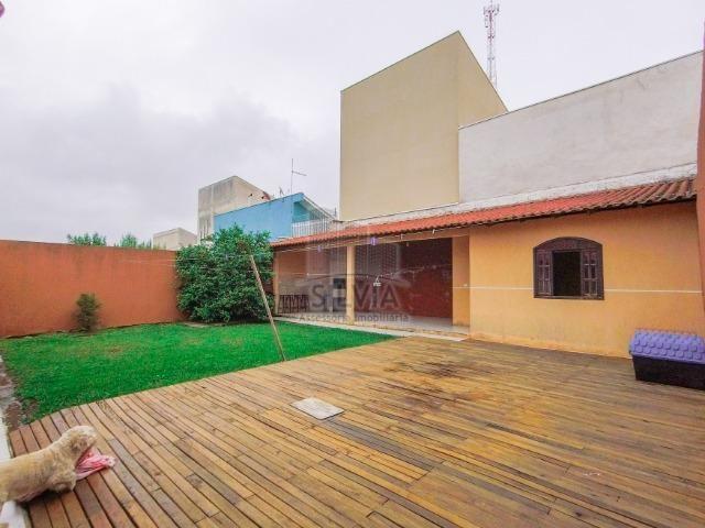 Maravilhosa casa com espaço de terreno, em Araucária