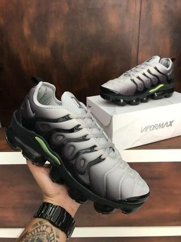 937083e5d83 Tenis Nike VaporMax Plus importado casual academia treino caminhada corrida