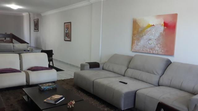 Edifício Dorian Gray, apartamento com 4/4, todos suítes, em Lagoa Nova.