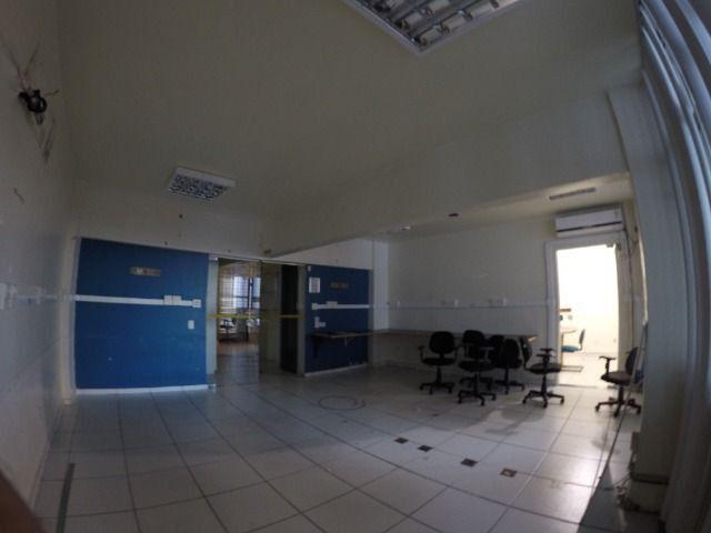 Conjunto de 3 salas comerciais com garagem - Foto 2