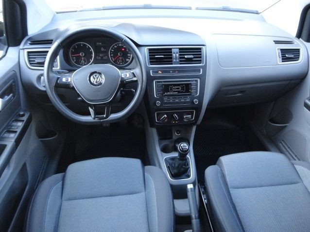 Juan Volkswagen Fox 1.0 Mpi Bluemotion 12v Flex 4p Manual - Foto 7
