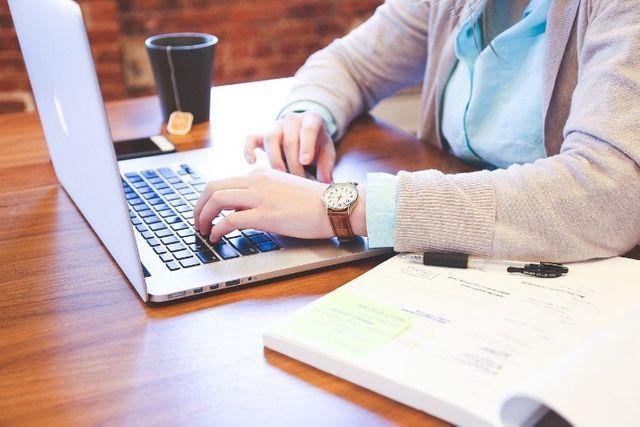 Redator, digitador freelancer