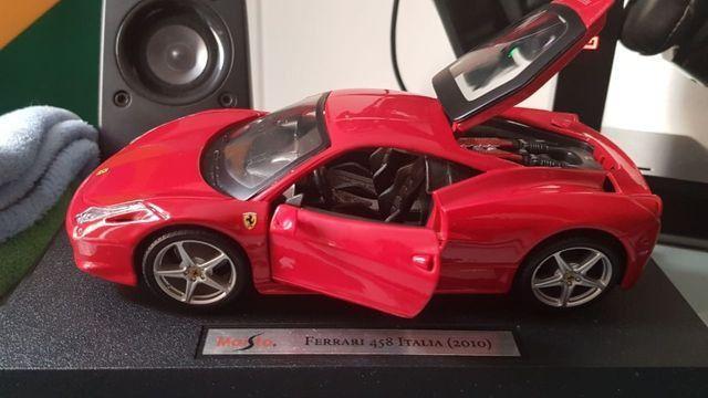 Ferrari Vermelha Maisto 458 Itália Novo - Foto 2