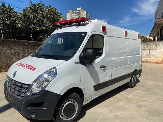 Renault Master Ambulância UTI