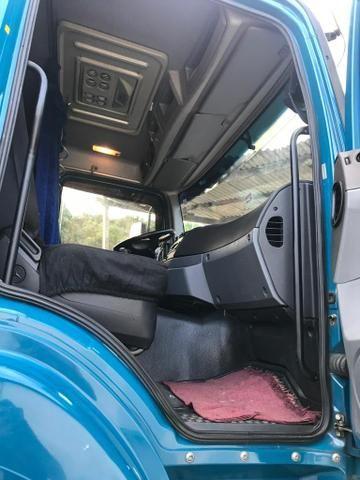 Vendo caminhões Mercedes versãos 2035 e outro iveco versão 380 truque - Foto 12