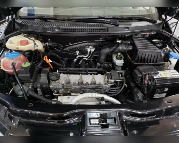 Volkswagen Saveiro 1.6 Total Flex - Foto 3